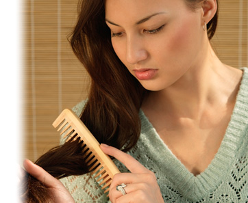 Como luchar con las caídas de los cabello